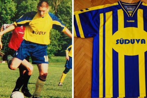 Maždaug 1999-2000.